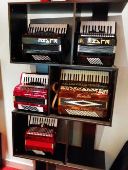 Accordions Asia Super Store Xiamen